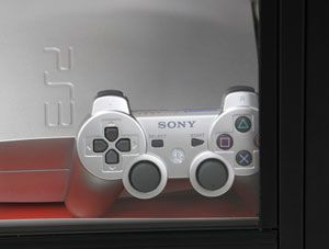 Rede de games on-line do PlayStation volta a funcionar e Sony se desculpa