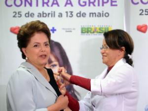 dilma-vacina-gripe