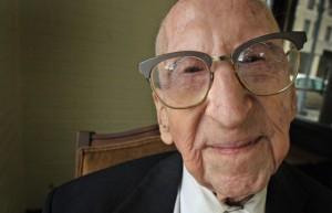 walter-breuning-homem-mais-velho-do-mundo