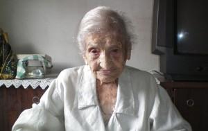 mulher-mais-velha-do-mundo-morre