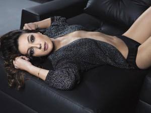 taina-galvao-em-seu-primeiro-ensaio-sensual