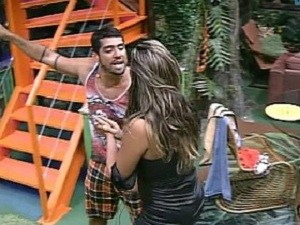briga-monique-e-yuri-bbb12