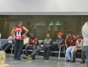 torcida-flamengo-no-aeroporto