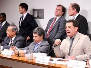 presidente-da-cpi-do-cachoeira