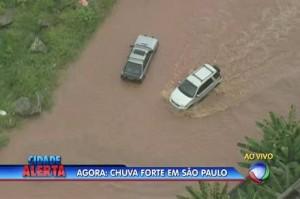 Chuvas em São Paulo causa transtorno