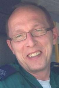 Homem morre em incêndio causado por bateria de celular