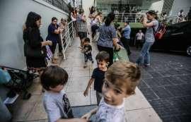 Clinicas tem filas para vacinação