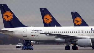 Greve em aeroportos da Alemanha cancela centenas de voos