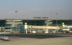 Atentado em aeroporto deixa ao menos dez mortos em Istambul, dizem autoridades