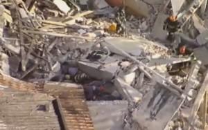 Desabamento de igreja evangélica deixa ao menos três soterrados na Grande SP