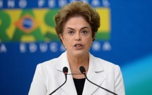 """""""Não vou dar esse presente para eles"""", diz Dilma ao negar renúncia"""