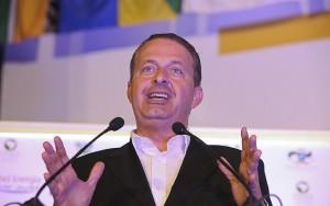 """Comprador de avião era """"entregador"""" de propina de Eduardo Campos, diz PF"""