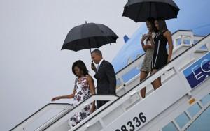 Obama faz apelo para líderes republicanos reavaliarem apoio a Trump