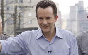 Russomanno critica Haddad na primeira saída de rua da campanha