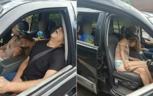Menino fotografado com avó e namorado desacordados após overdose ganha novo lar