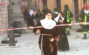 """Freiras """"fogem"""" de terremoto e violam clausura em monastério da Itália"""