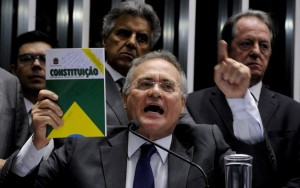 """""""Decisão fala por si só"""", diz Renan após Supremo suspender operação da PF"""