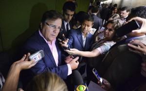Renan, Maia e base aliada defendem Geddel após ministro virar alvo de processo