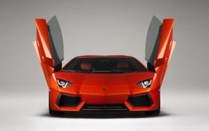 Bradesco tenta tomar Lamborghini de Collor