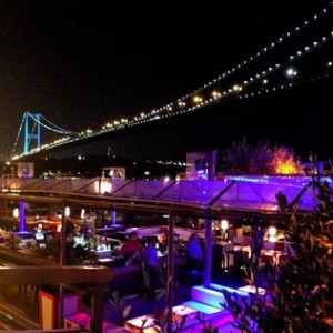 Turquia revela novo suspeito de atentado em boate de Istambul