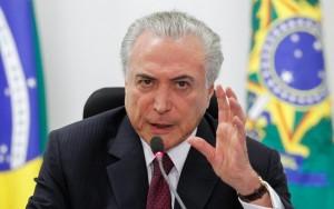 Planalto publica senhas de redes sociais do governo por engano e gera memes