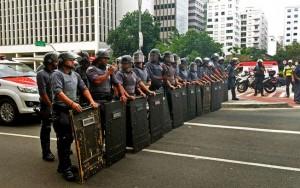 Justiça de São Paulo autoriza PM a utilizar armas não letais em protestos