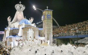 Unidos de Vila Maria emociona com homenagem a Nossa Senhora Aparecida