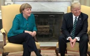"""""""A imigração é um privilégio, não um direito"""", diz Trump em encontro com Merkel"""