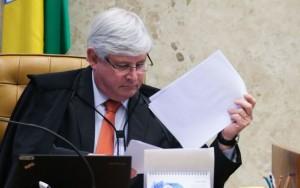Janot envia ao STF nova lista contra políticos citados em delações da Odebrecht