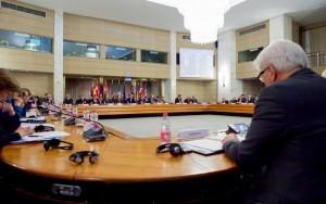 EUA reúne mais de 60 países em reunião contra o Estado Islâmico