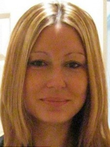 Mulher mata vizinha que estourou a bola de seu filho