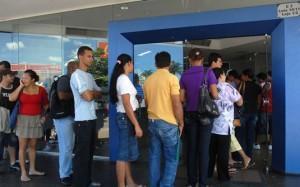 fila-agencia-bancaria-banco