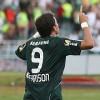 Keirrison marca 2 na estréia pelo Palmeiras