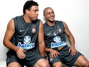 ronaldo-e-roberto-carlos