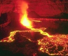 vulcao-entra-em-erupcao