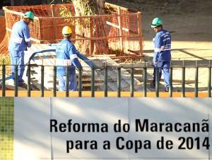operarios-obras-maracana-copa-2014
