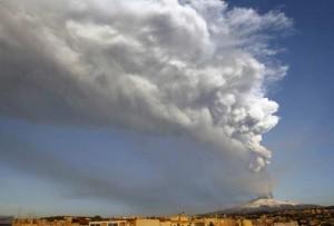 cinzas-do-vulcao-etna-italia