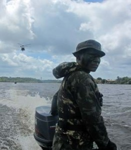 soldado-patrulha-amazonia